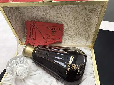 カミュバカラカラフェボトル ブランデー買取ウイスキー買取は京都市役所近くマルカマルイ店