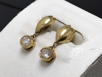 ダイヤモンド ピアス 買取 宝飾品を売るならマルカ七条店にお任せください!