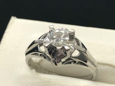 ダイヤモンドリング買取 小さなダイヤでもMARUKAならしっかり査定して買取