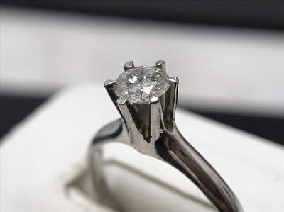 ダイヤ買取 リング買取 高価買取を是非マルカへ 日本一金・プラチナ買取