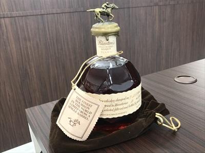 お酒買取 ブラントン シングルバレル 750ml 古酒 お酒 高く売るなら 京都MARUKA大宮店へ
