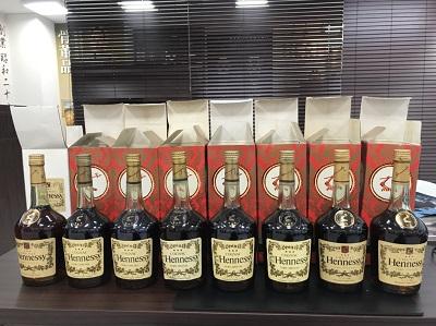 お酒買取 ヘネシー ベリースペシャル 700ml 古酒 8本 お酒高く売るなら 京都MARUKA大宮店へ
