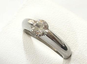 ダイヤモンドリング 高価買取 宝石を高く売るならマルカマルイ店