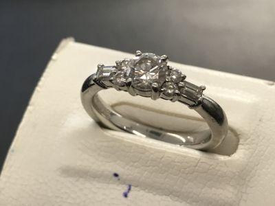 ダイヤモンドリング買取 0.562ct 0.32ct プラチナ台 ダイヤモンド買取ならMARUKA大阪心斎橋店