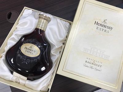 お酒買取 ヘネシー エクストラ ノスタルジー ド バニョレ 700ml 箱付 お酒高く売るなら京都MARUKA大宮店へ