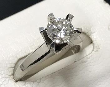 ダイヤモンドリング 高価買取 宝石をたかく売るなら京都 下京区 西大路七条マルカにお任せ下さいませ!