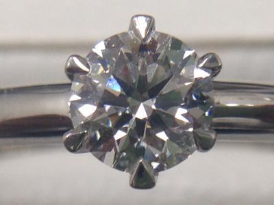 ダイヤモンド買取 0.436ct 蛍光性が惜しい ダイヤ買取ならMARUKA大阪心斎橋店