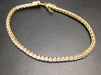 K18 ダイヤモンドテニスブレス買取 4.37ct 宝石売るなら ダイヤ買取大阪南船場MARUKA心斎橋店