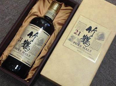 お酒買取 ニッカウヰスキー 竹鶴 21年 ピュアモルト 700ml 箱付 お酒高く売るなら MARUKA大宮店へ