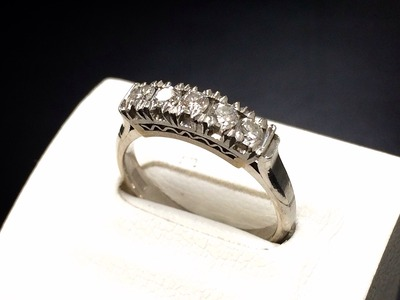 ダイヤモンド一文字リング買取 1.26ct 宝石買取ダイヤモンド売るならMARUKA大阪心斎橋店