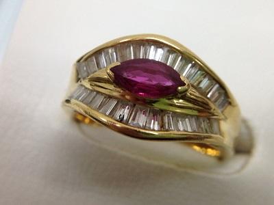 ルビー×メレダイヤファッションリング買取 0.41ct 0.79ct K18台 ルビー買取宝石売るならMARUKA
