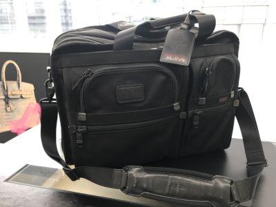 TUMI買取 ビジネスショルダー ラージエクスパンダブルオーガナイザー 26160DH バッグ買取MARUKA心斎橋店