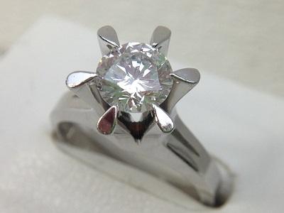 立爪ダイヤモンドリング買取 1.05ct 上質 大粒ダイヤ買取は大阪MARUKA心斎橋店へ