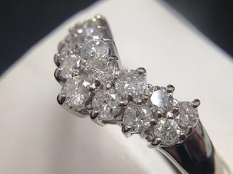 ダイヤモンドV字リング買取 トータル1.00ct ダイヤ買取ならMARUKA、宝石買取のMARUKA心斎橋店