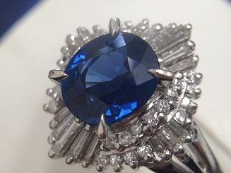 サファイアリング買取 1.52ct メレダイヤも0.40ct 非常に美しいサファイア買取はMARUKA心斎橋店へ