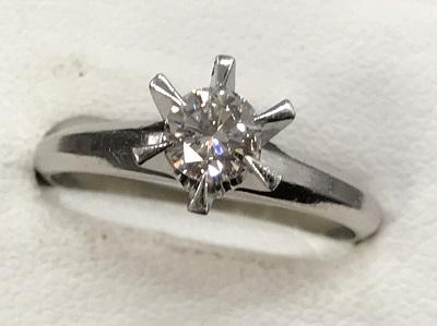 ダイヤモンド買取 プラチナ台 ラウンドブリリアントカット 0.32ct ダイヤモンド リング ダイヤモンド高く売るなら MARUKA大宮店へ