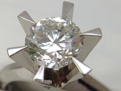 立爪ダイヤモンドリング買取 1.57ct 色/質/カット 4Cを鑑別書なしでも買取可能 MARUKA心斎橋店