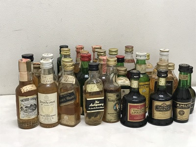 お酒買取 ウイスキー ブランデー ミニチュアボトル 33本 お酒買取もMARUKA七条店へ