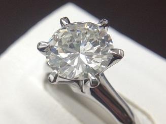 ダイヤモンドリング買取 大粒2.01ct I/VS2/VG どんな高額宝石でもMARUKA心斎橋店にお任せ