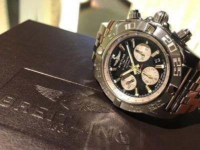 時計 買取 渋谷 マルカ ブライトリング クロノマット44 黒文字盤 クロノグラフ 高価買取 宮益坂