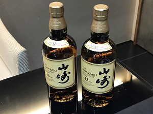サントリー 山崎12年買取 箱無し 2本 お酒・ウイスキー買取もマツモトキヨシビル6階のマルカ銀座本店へ!
