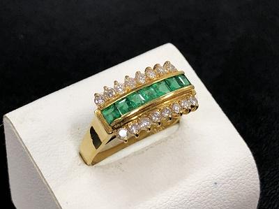 宝石買取 K18 0.47ct 0.39ct 3.9g エメラルド ダイヤモンド 神戸マルイ 買取