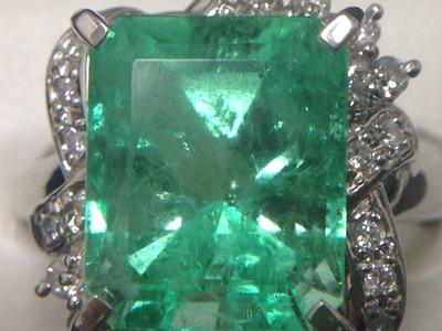 エメラルド買取 エメ買取は色が命 3.89ct+メレダイヤ1.88ct プラチナ 指輪 宝石買取MARUKA