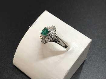 エメラルド ダイヤモンド買取 指輪