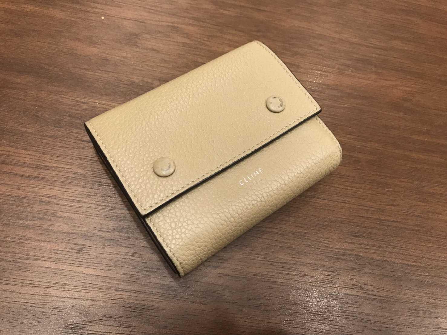 セリーヌ買取 3つ折り財布
