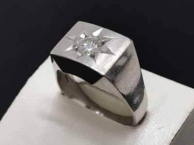 ダイヤモンド買取 K18WG印台リング