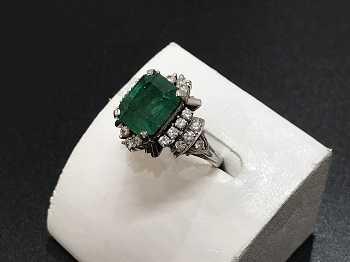 エメラルド買取 指輪