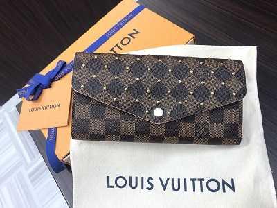 ルイヴィトン買取 財布