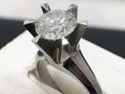 ダイヤモンド買取 立爪リング