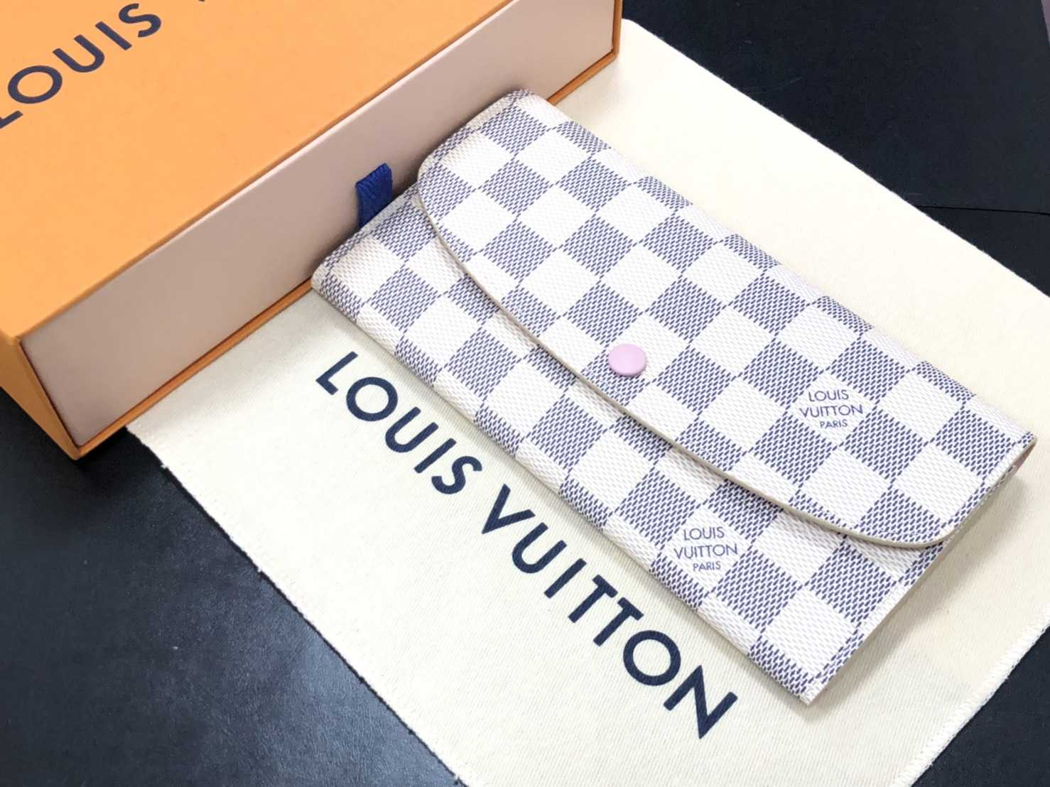 ルイヴィトン買取 長財布
