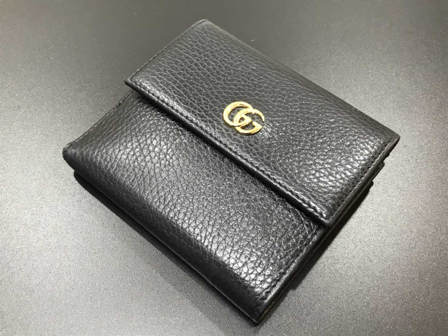 グッチ買取 二つ折り財布