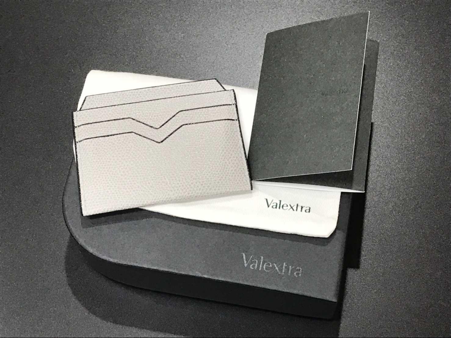 ヴァレクストラ買取 カードケース