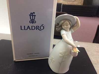 リアドロ買取 置物
