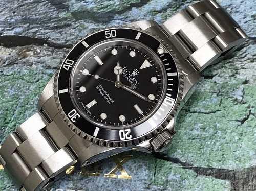 ロレックス買取 サブマリーナノンデイト14060M時計