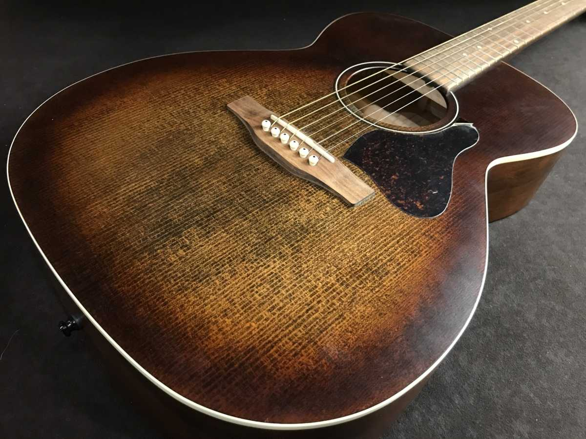 ART&LUTHERIE Legacy 買取