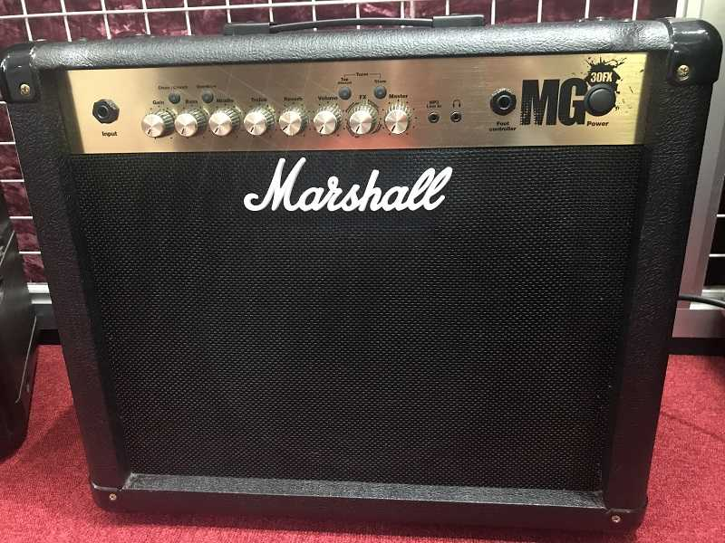 Marshall買取 MG30FX