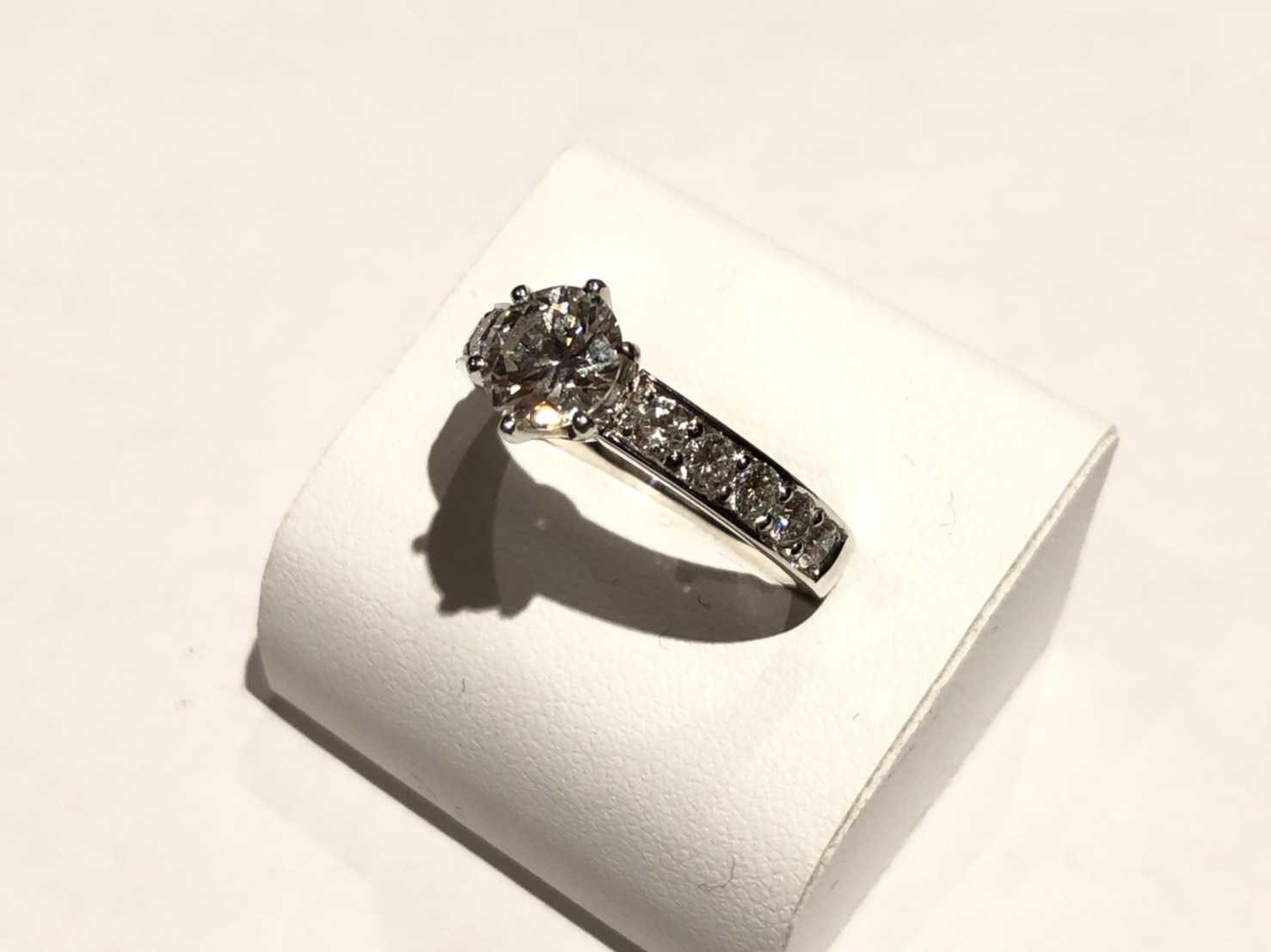 ダイヤモンド買取 プラチナリング 1カラット