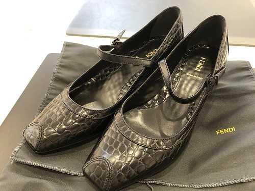 フェンディ買取 靴 パンプス