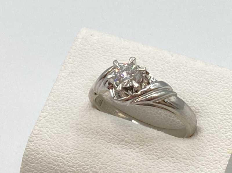 プラチナ買取 プラチナダイヤモンドリング