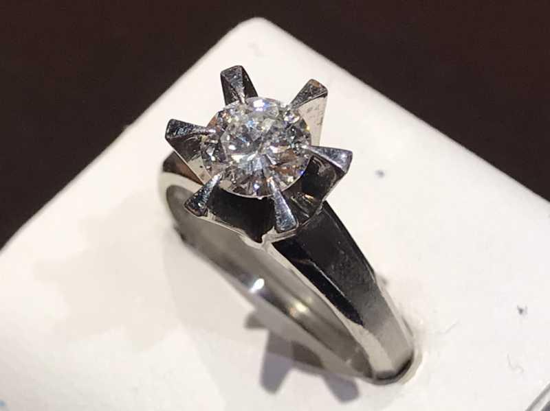 ダイヤモンド買取 エンゲージメントプラチナリング