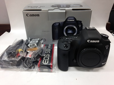 キャノン(Canon) デジタル一眼レフカメラ EOS 5D Mark III ボディ EOS5DMK3
