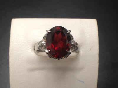 ガーネット 2.31ct メレダイヤモンド リング Pt900 プラチナ 宝石 色石 ジュエリー 高価買取 七条店