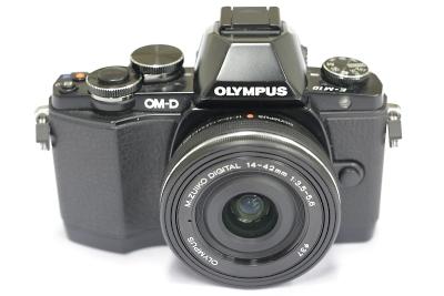 オリンパス OLYMPUS OM-D E-M10 レンズキット(M.ZUIKO DIGITAL ED 14-42mm F3.5-5.6 EZ)カメラ 宅配 買取 京都
