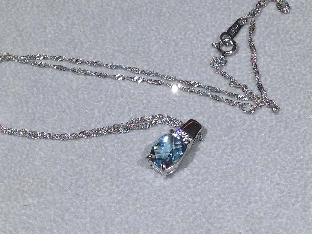 アクアマリン ペンダント プラチナ ダイヤモンド ネックレス 宝飾品